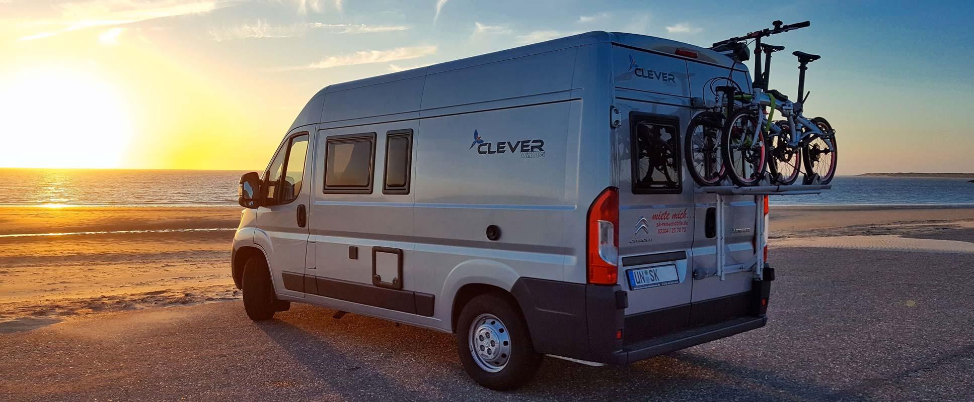 Prodej a servis obytných vozů, aut i karavanů.